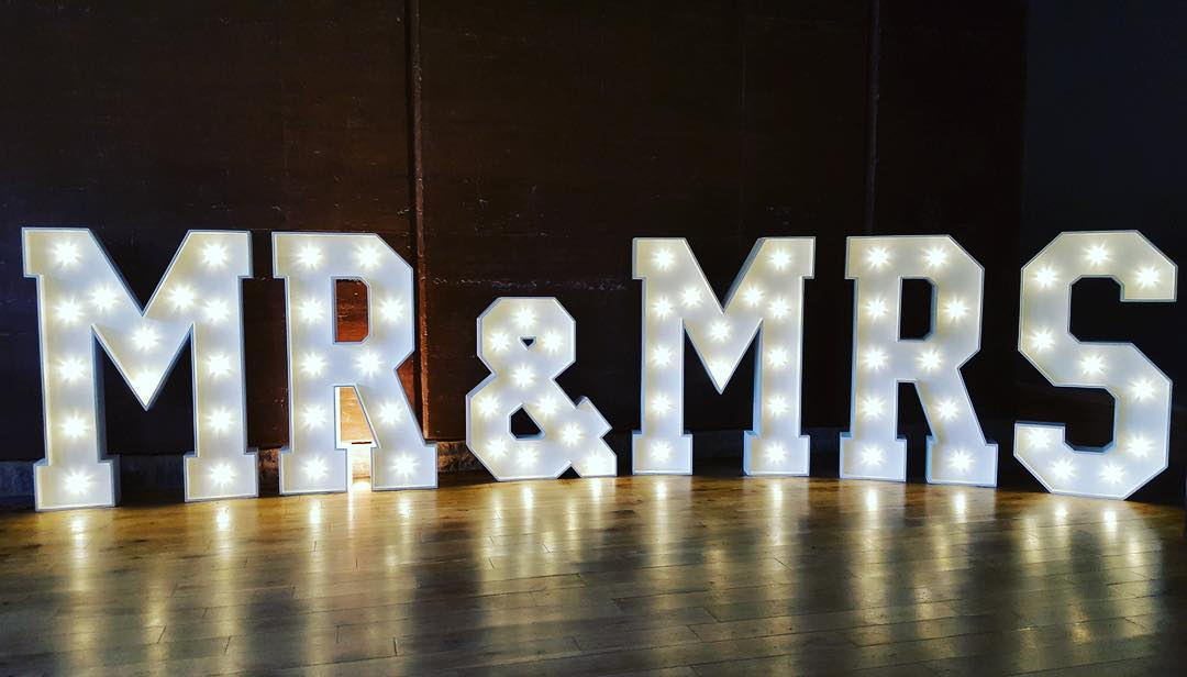 Mr and Mrs Letters to hire